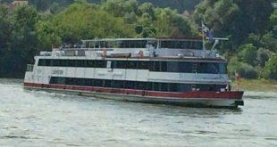 Wachau boat trip: Danube ship