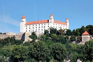 Min Danube Cruise: Bratislava castle