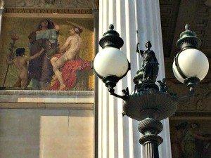 Vienna Walking Tours: Austrian Parliament