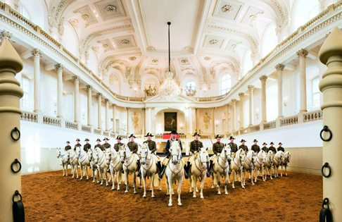 Spanish Riding School Vienna – Video, Shows And Tickets On Offer