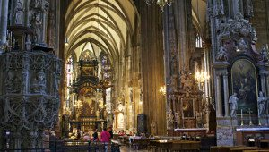 What to do in Vienna April: St. Stephen's cathedral
