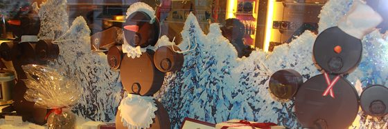 Things to do in Vienna December: Sacher cakes at Demel