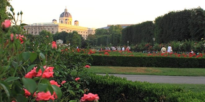 Things to do in Vienna May: Volksgarten