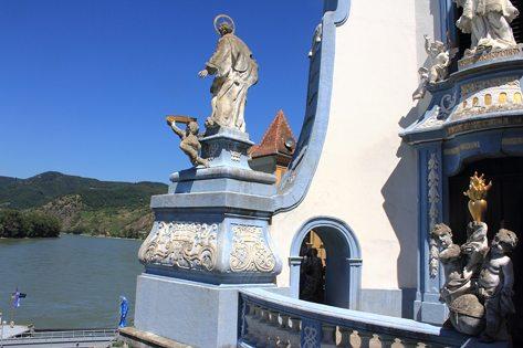 Wachau Valley, Duernstein monastery