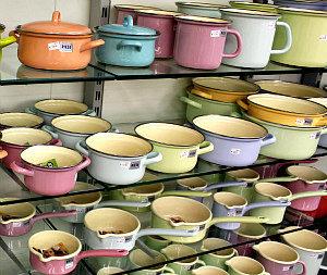 Austrian food: Riess enamel cookware