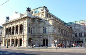 Old Vienna Walk: Vienna State Opera