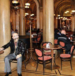 Stefan Zweig und mehr: Cafe Central Vienna