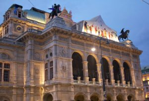 Things to do in Vienna September: Vienna opera house