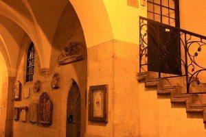 Vienna by night: Minoriten church