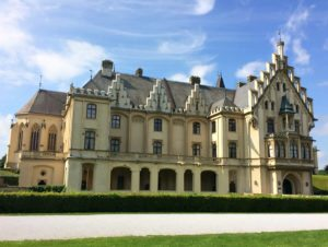 Things to do in Vienna September: Grafenegg castle