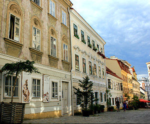 Vienna Art: Biedermeier houses at Spittelberg