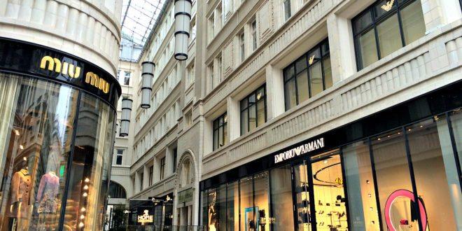 Vienna shopping for luxury: Golden Quarter shopping mall
