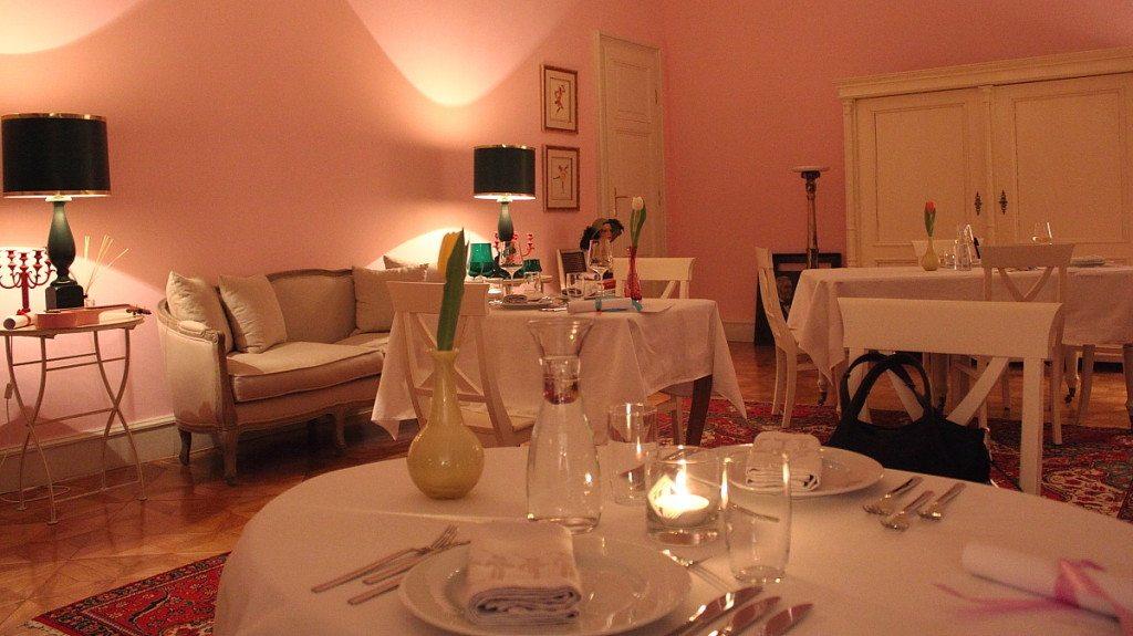Dining room of Vienna restaurant Mezzanin 7