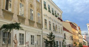 Art Walk in Vienna: Spittelberggasse