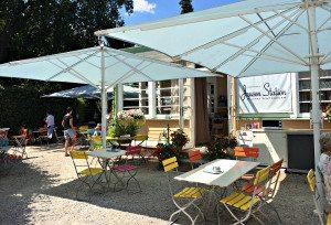 Vienna zoo food alternative: Landtmann's Jausenstation in Schonbrunn park