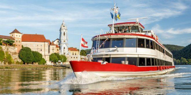 Wachau boat trip: Grand Wachau Cruise