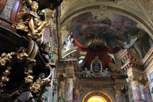 Vienna Tourism Essentials: baroque church
