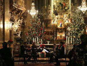 Things to do in Vienna December: Christmas concert Peterskirche