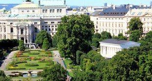 What to do in Vienna: Volksgarten and Burgtheater
