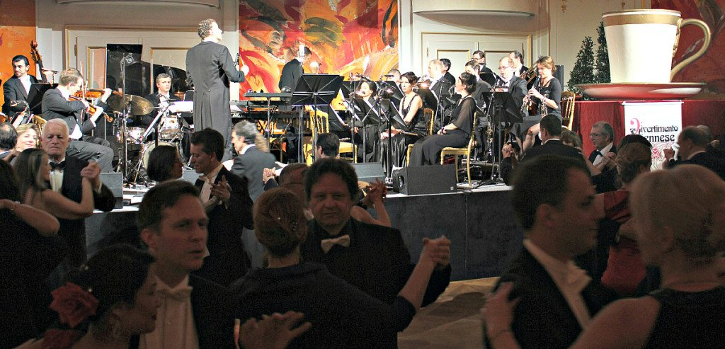 Vienna Ball: orchestra at Kaffeesiederball