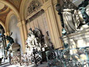 Vienna Sightseeing Top 10: Central Cemetery