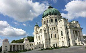 Central Cemetery Vienna: Art Nouveau church