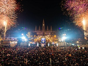 Silvester in Wien: Rathausfeuerwerk