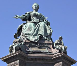Ringstrasse Vienna: monument of Empress Maria Theresia