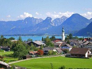 Vienna tours to Salzburg: St. Gilgen