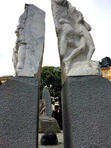 HItler in Vienna: Hrdlicka or Holocaust Memorial