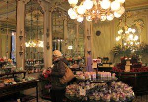 Vienna coffeehouses favourites: Patisserie Demel