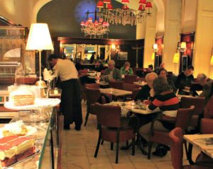 Vienna coffeehouses favourites: Cafe Diglas