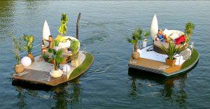 Boat Trips: Rental sofa boat, Old Danube