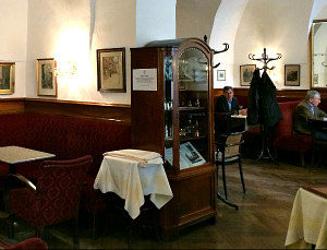 best Vienna Coffeehouses: Cafe Frauenhuber