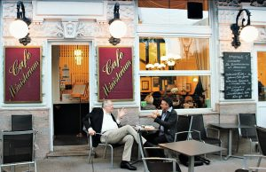 Visit Vienna: coffeehouse debate