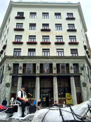 Fin de Siecle Vienna: Loos House