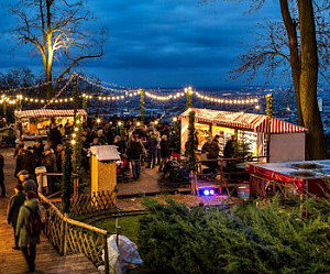 hilltop christmas market wilhelminenberg castle - Hilltop Christmas