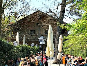 Vienna Zoo Schonbrunn: Tirolergarten tavern