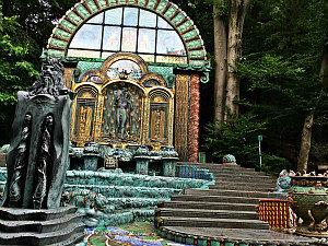 Otto Wagner Villa: Ernst Fuchs' nymphaeum