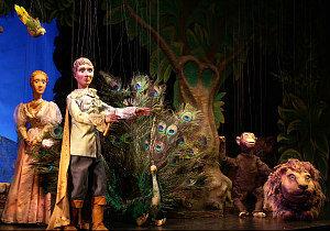 Puppets theatre Vienna: Prince Tamino and animals