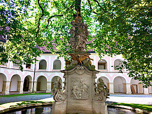 Cistercian abbey Heiligenkreuz: St. Joseph's fountain