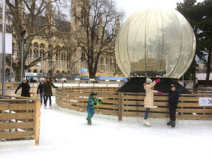 Ice skating Vienna: giant bauble in front of Rathaus