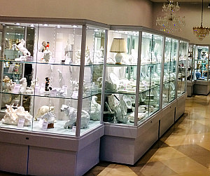 Vienna Culture Shopping: Dorotheum exhibition room