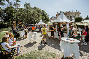 Things to do in Vienna May: food fair at Stadtpark
