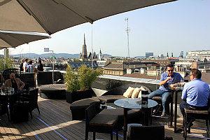 Best Bars in Vienna: Atmosphere rooftop bar