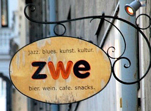 Best Bars in Vienna: Jazz cafe Zwe