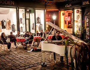 Things to do in Vienna June: Open Piano for Refugees