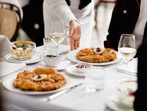Wiener Schnitzel in Vienna: Meissl und Schadn