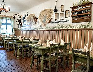 Wienerschnitzel in Vienna: Gasthaus Renner