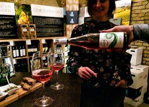 wine tasting at Porta Dextra